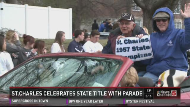 St. Charles celebrates state title with parade