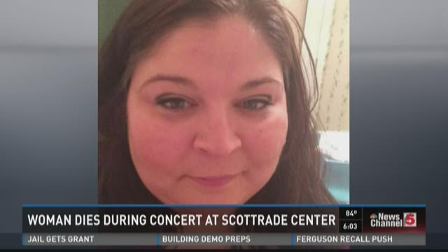 Woman dies during concert at Scottrade Center