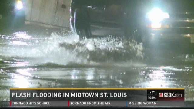 Storms cause flash flooding warnings