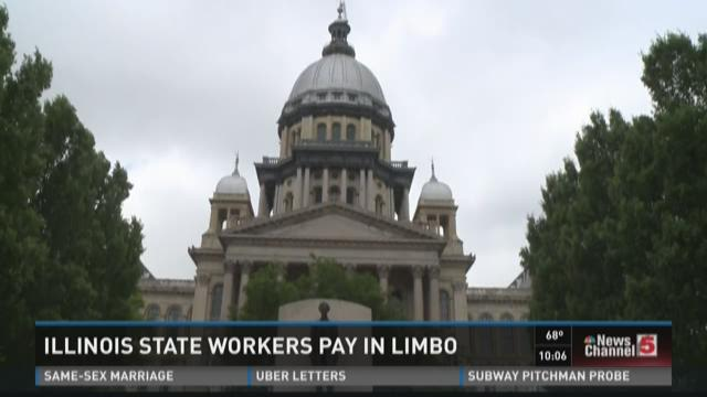Illinois state workers paychecks in limbo