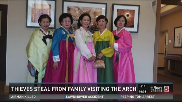 Thieves steal from family visiting the arch