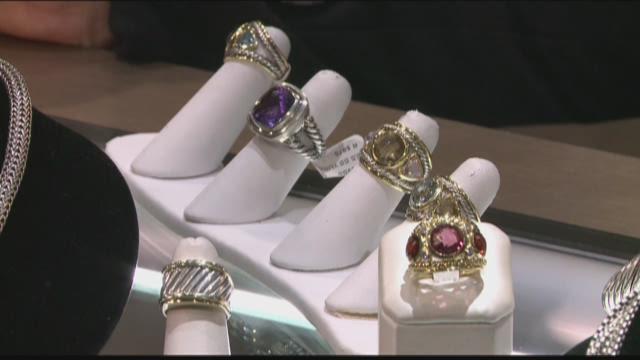 Decor Interiors Jewelry unlocks some great deals